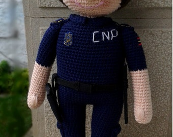 PATTERN: Policeman crochet doll. PDF instructions for make this cop doll amigurumi.