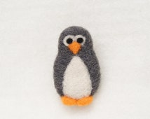 Cute penguin brooch, Wool brooch, Needle felt brooch, Needle felt animal, Felt penguin brooch, Animal brooch, Birthday gift
