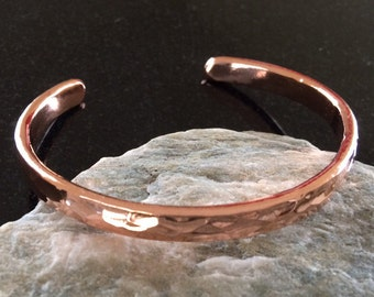 Copper Bracelet - BR007 Heavy Hammered 1/4 Inch (6.35 mm) Wide Shiny Copper Bracelet - Handcrafted by JW