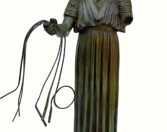 Charioteer bronze statue of Delphi sculpture