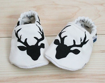 Baby slippers, Crib shoes, Buck heads, Deer, Custom made, Flannel, Cotton, Soft soles, Moccasins, Toddler, Shower gift idea, Newborn