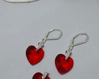 Beautiful Swarovski Elements sterling Silver red hearts Earrings and pendant