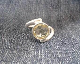 Pretty Silver Ring set with Lemon Quartz Gem