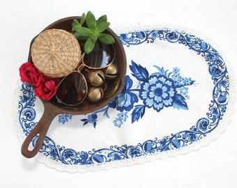 Floral Tea Linen, Blue and White Tea Linen