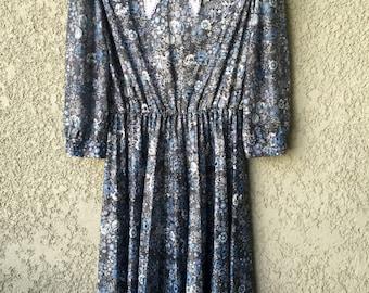 Blue floral polyester dress
