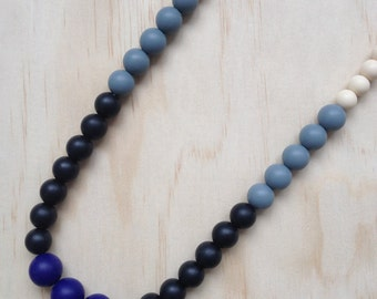 NEW - Silicone Necklace -Peony in Navy-