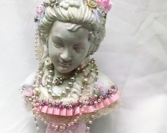 shabby n chic bust, Marie Antoinette, altered art bust, mix media bust, french altered art, french mannequin  altered statue, french statue