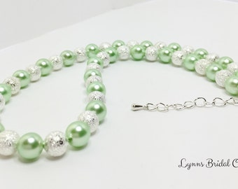 Mint and Silver Bridal Necklace Mint Wedding Jewellery Set Green Bridesmaid Gift Mint Beaded Jewelry Bridal Party Gift Shell Pearl Necklace