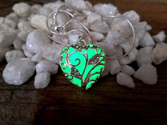 Green Glow Heart Necklace, Glow in the Dark Jewelry, Glowing Heart Pendant, Unique Gift for Her, Valentine's Day Gift, St Patricks Jewellery