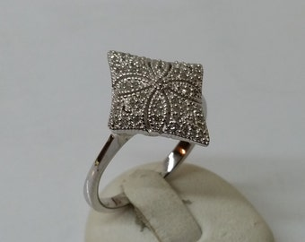 925 Silver ring with crystals and flower 18 mm, size 7.9 SR420
