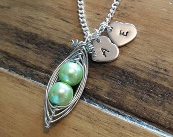 Two peas in a pod, Twins, Twin gift, Mum of twins, pea pod necklace, Maternity jewelry, Gift for mum, Sisters necklace, sister gift, sister