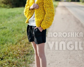 Chunky knitwear. Super chunky knit cardigan. Big yarn knit