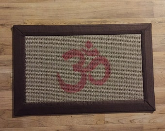 Area Rug / Welcome mat /Invite the vibration of OM into your hOMe