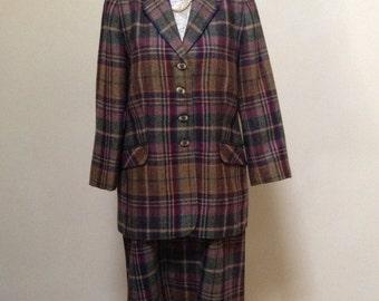 Vintage Pure New Wool Ladies Tweed/Suit/Size 14/16