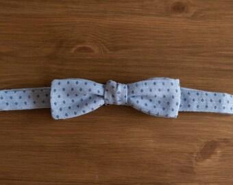 men's bow tie - light blue linen with diamond pattern