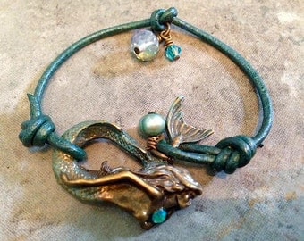 "Bohemian ""Pearl Beauty"" Metallic Turquoise Leather Mermaid Bracelet"