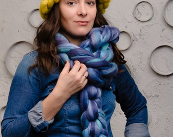 Chunky Scarf, Hand Knit Scarf, Merino wool scarf, Arm Knit Scarf, Tempera colors