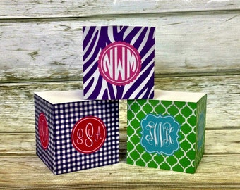Custom Design Sticky Note Cube - Choice of Pattern, Color, Frame, Monogram - Personalized Gift for Teacher, Office Post-it Notes