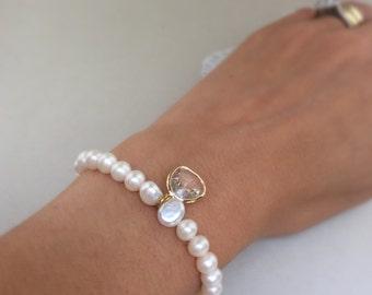 Bridal pearl bracelet, pearl bracelet, freshwater pearls, glass gem, bridal jewellery, bridesmaid bracelet