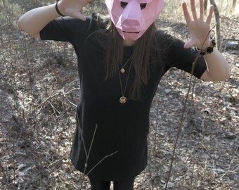 Animal Paper Mask. Downloadable template. Carnival, Party, Costume, Low Polygon Mask. Lamb mask. Papercraft DIY.