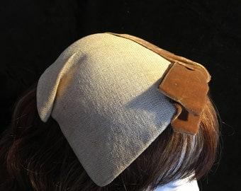 1950s Skull Hat Made By Jeanne Te'Te//Tan With Brown Felt Ribbon and Bow//Vintage Ladies Hat