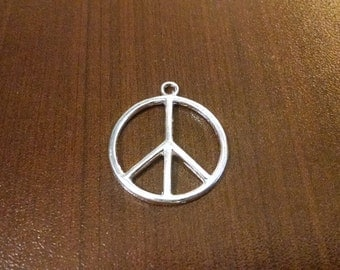 10pcs - Silver Plated Peace Charm - Pendant - Bulk Charms - 24mm Diameter C6