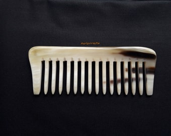 Curly-wavy hair Buffalo Horn Comb. Pocket-fit. Smooth wide gap tooth. Perfect for curly long thick hair. Handmade in Vietnam [CB-005]