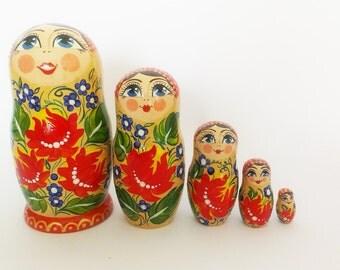 "Hand-painting nesting dolls ""Ukrainian"".Height 15 cm. Nesting dolls"
