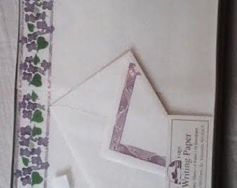Fine Decorated writing Notes  Sheets and Envelopes