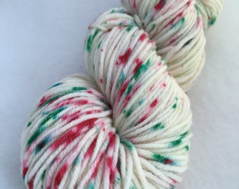 "Speckled worsted weight yarn // ""Jingle Bells"" on Huron"