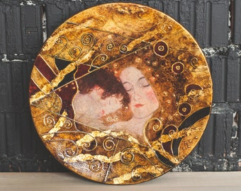"Wall hanging plate Wood gilded plate Gustav Klimt ""Mother & Child"" Wood decor"