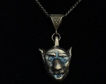 Gobelin solid brass pendant