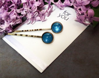 Cabochon hair clips blue shimmering