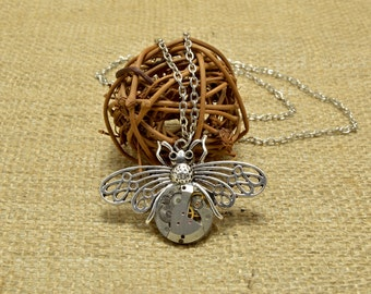 Steampunk Necklace, Steampunk Dragonfly pendant, steampunk insect, steampunk jewelry, steampunk pendant necklace, assemblage jewelry, bug