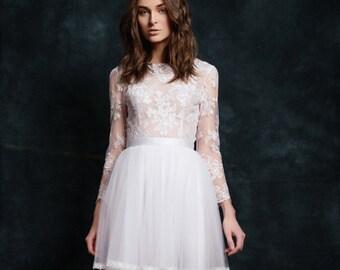 Dyva wedding dress