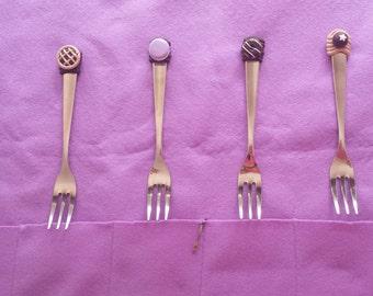 Dessert forks set