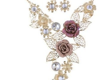 rose collar necklace and earring set