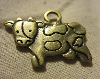 2sides Cow Charm x5