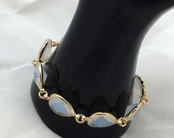 Iridescent crystal beaded bracelet