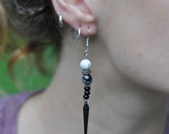Black and Grey Retro Earring