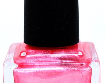 Pretty Fierce Kissing Booth Indie Nail Polish | 15ml Pink Shimmer Polish