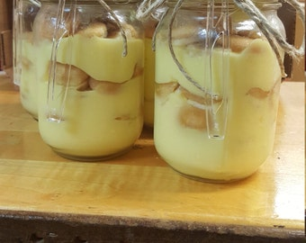 Homemade banana pudding in a jar