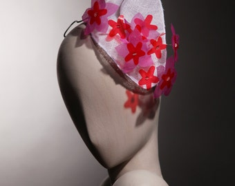headdress white flower fascinator type red and pink