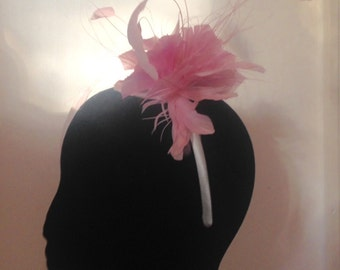 Pretty Pale Pink Fascinator Feathers Flowers