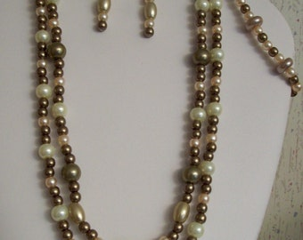 Light Brown and Cream Glass Pearls Necklace Set
