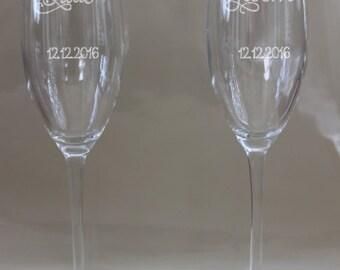 Wedding Toasting Glasses/Champagne Wedding Glasses/Bride/Groom Personalized Toasting Glasses/Etched Wedding Glasses/Etched/ Set of 2