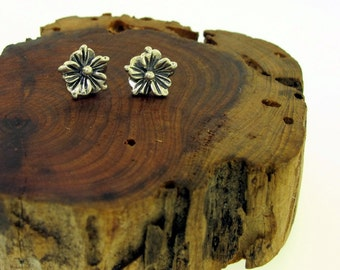 Silver Flower Stud Earrings, sterling silver flower earrings, small silver post earrings by Kathryn Riechert