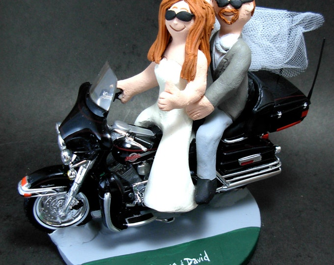 Bride Driving a Harley Motorcycle Wedding Cake Topper, Motorcycle Bride and Groom Wedding Cake Topper, CakeTopper for Motorcycle Bride