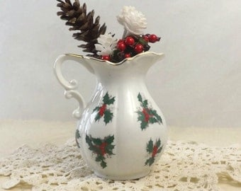 Lefton Holly Pitcher, Christmas Table Display, Vintage Holiday Kitchen Decor
