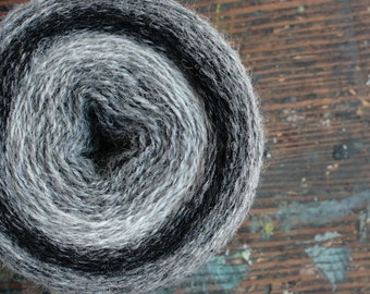 Pure wool knitting yarn - 88 g